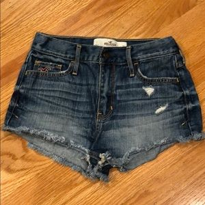 Hollister High Waisted Jean shorts size 1 or 25